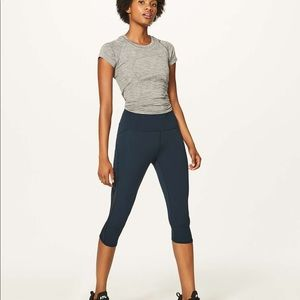 "Lululemon train times crop 17"" nocturnal teal"